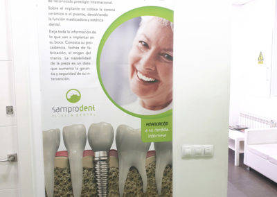 poster-implantologia San Blas